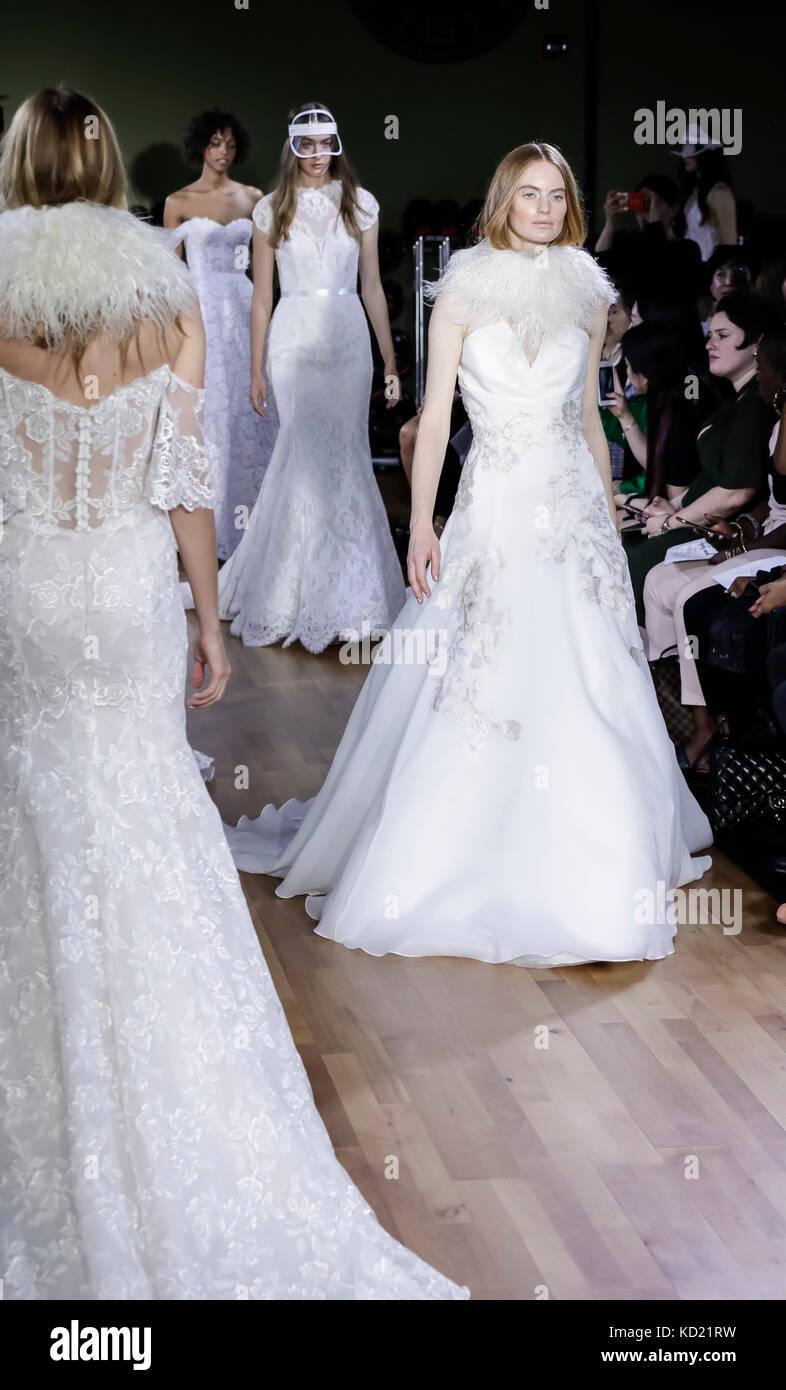 New York, NY, USA - October 6, 2017: Models walk runway for RIVINI & Alyne Fall/Winter 2018 Bridal Collection - Stock Image