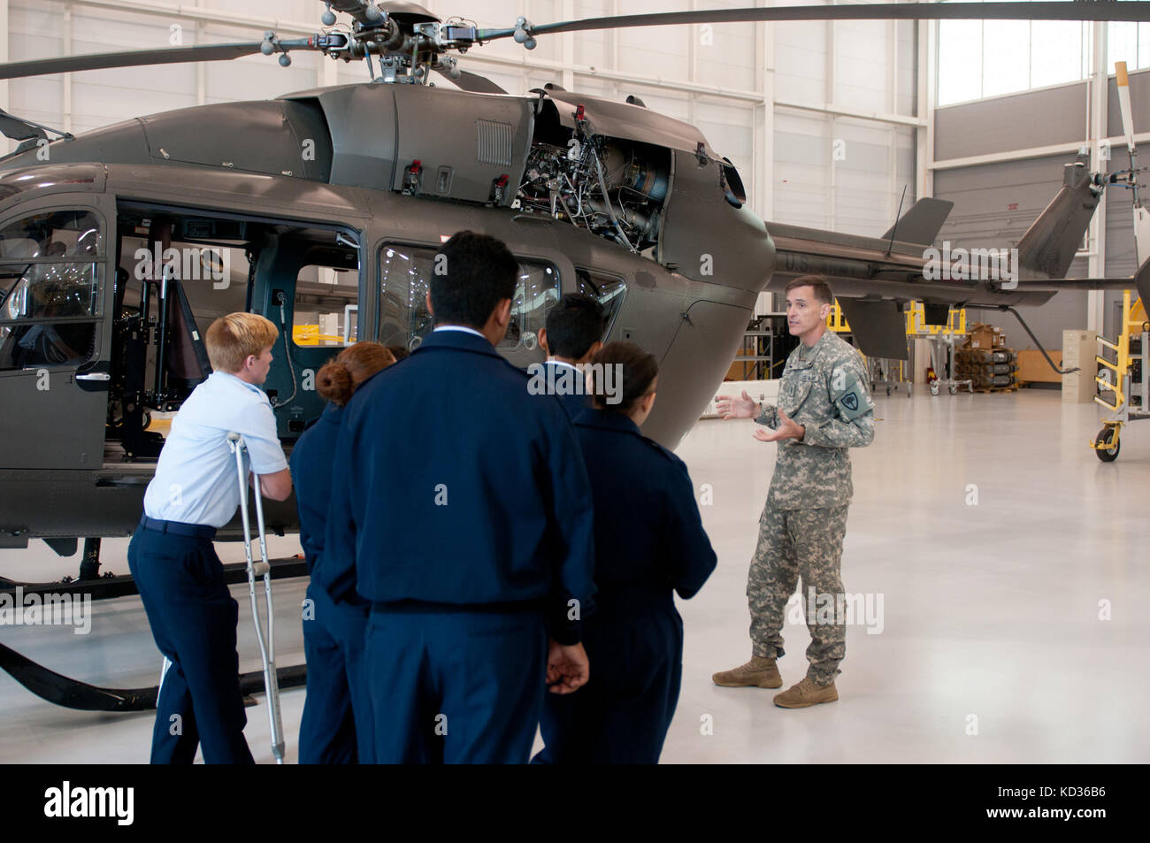 U S Army Rotc Cadets Stock Photos Amp U S Army Rotc Cadets