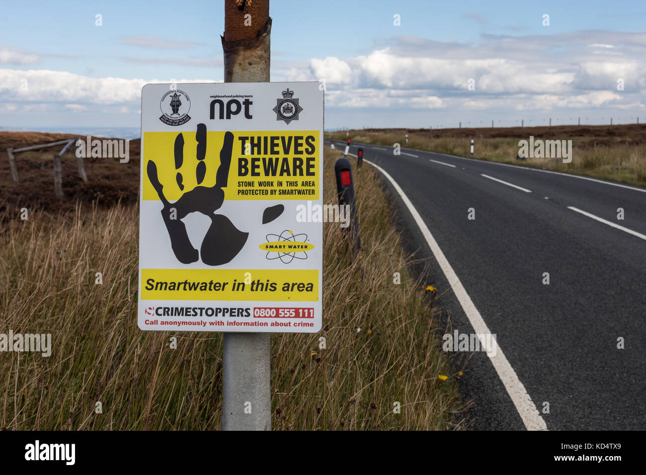 SmartWater Security Thieves Beware roadsign, Holme Moss, UK - Stock Image