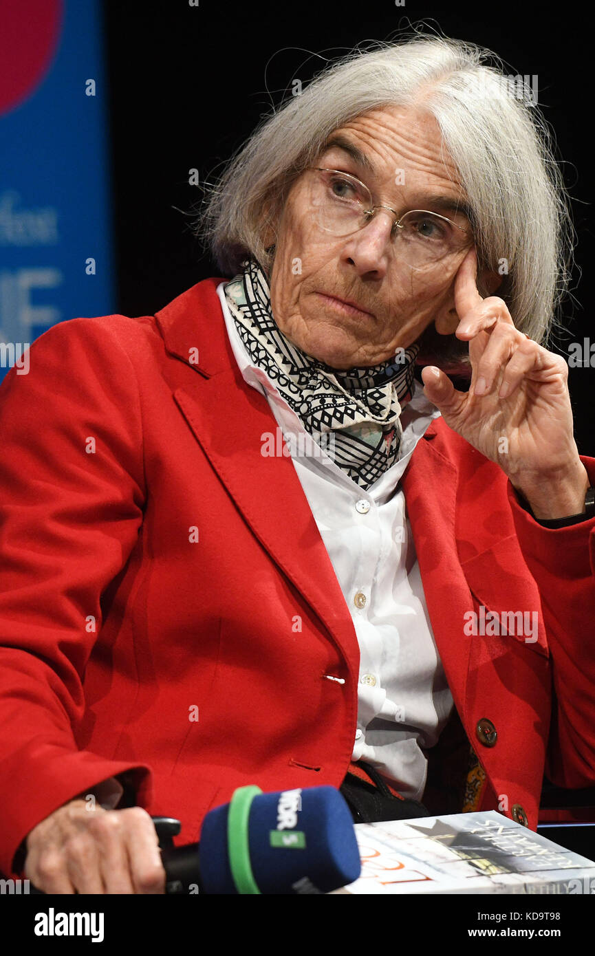 Cologne, Germany. 11th Oct, 2017. Author Donna Leon on stage at a reading as part of the 'Lit.Cologne Spezial' - Stock Image