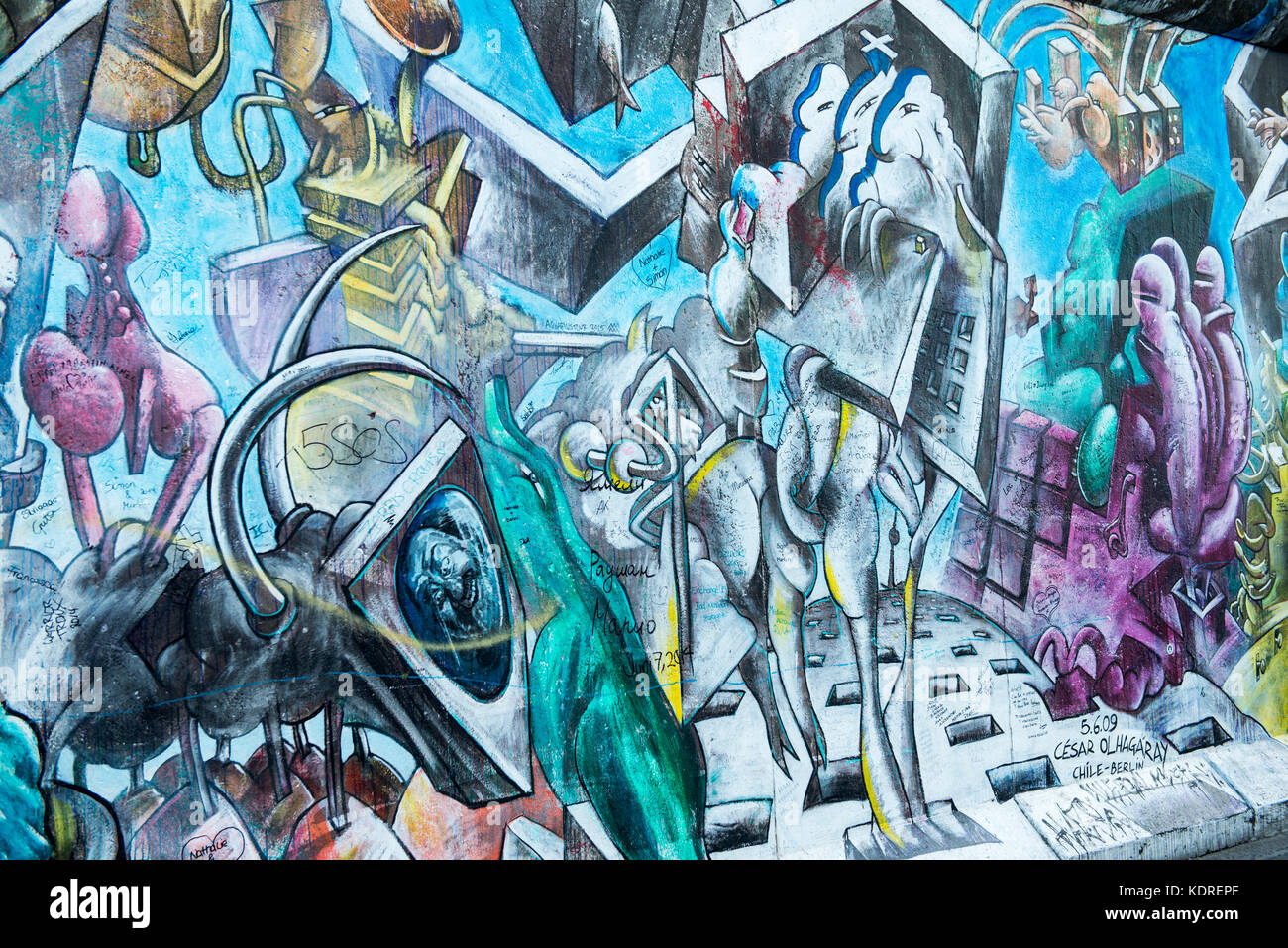 Urban artwork on the Berlin wall at the East Side Gallery, Berlin, Germany - Stock Image