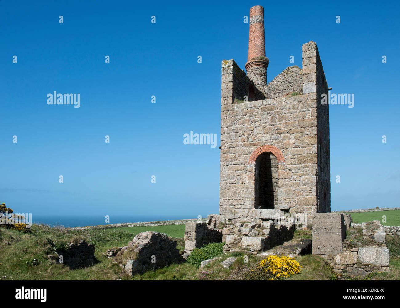Old tin mine workings in Cornwall, England, UK - Stock Image