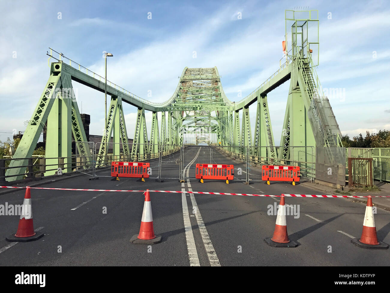 WestBound Silver Jubilee Bridge, 'Runcorn-Widnes Bridge' or Runcorn Bridge - Stock Image