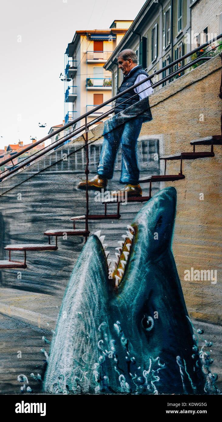 surreal-graffiti-in-milan-italys-bohemian-navigli-district-KDWG5G.jpg