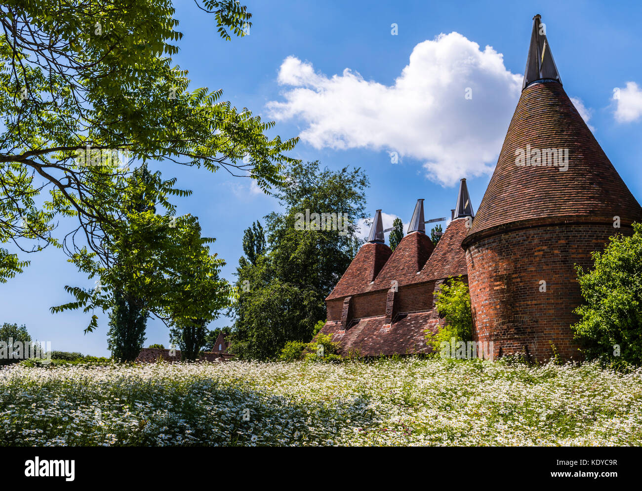 Ancient oast houses at Sissinghurst Gardens, Kent, UK - Stock Image