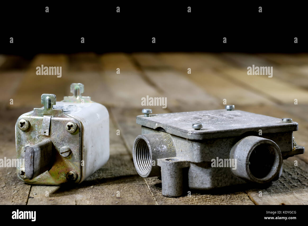 Old Ceramic Fuse Box Schematics Data Wiring Diagrams Fuses Electrical Stock Photos Images Alamy Parts Diagram