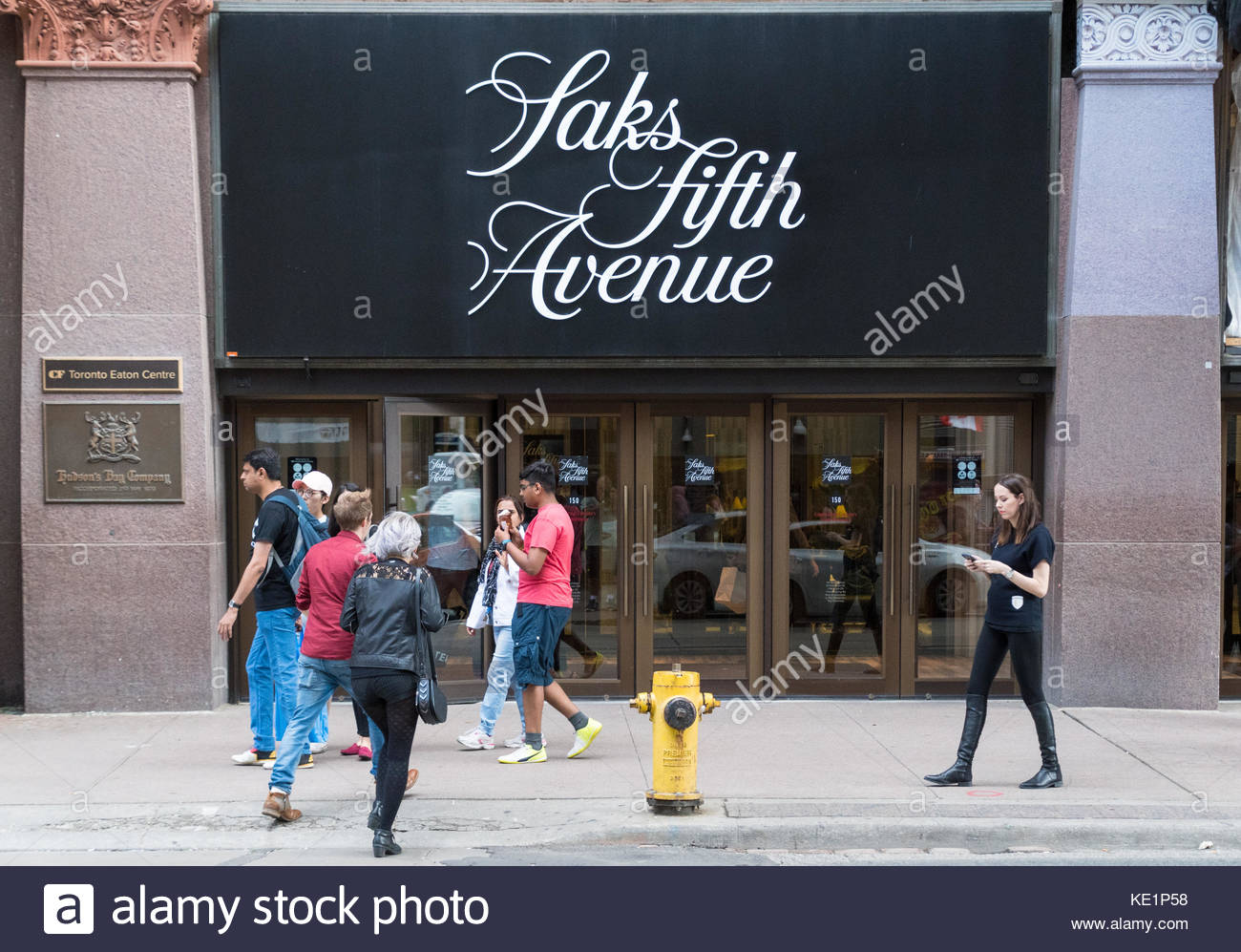 Fifth avenue clothing store