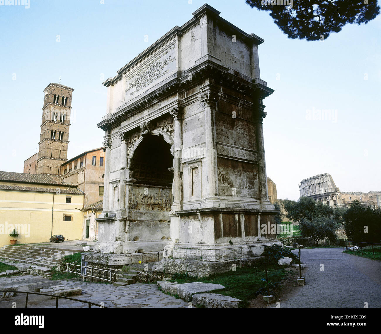 an analysis of the life and culture in the late republican rome The world of the citizen in republican rome  the crowd in rome in the late  his book's narrative prose covers very precise details as to roman culture and its.