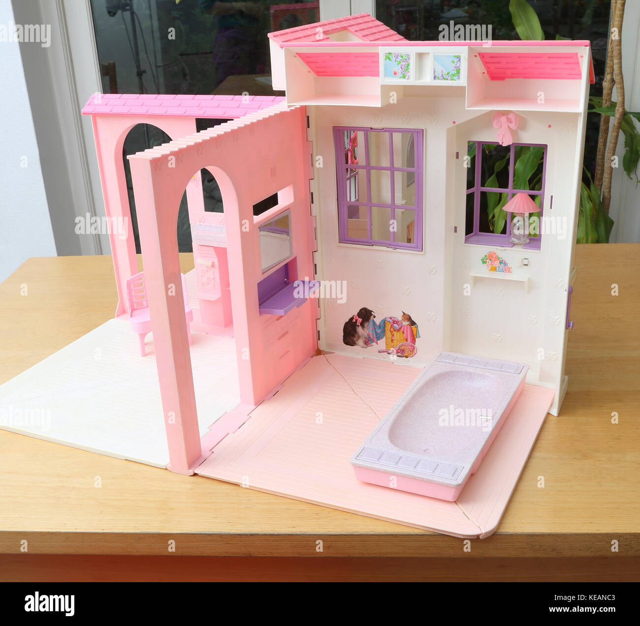 vintage 1996 barbie folding pretty house showing bathroom and living stock photo royalty free. Black Bedroom Furniture Sets. Home Design Ideas
