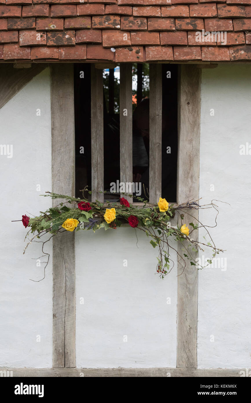Show window display stock photos show window display for Autumn flower decoration