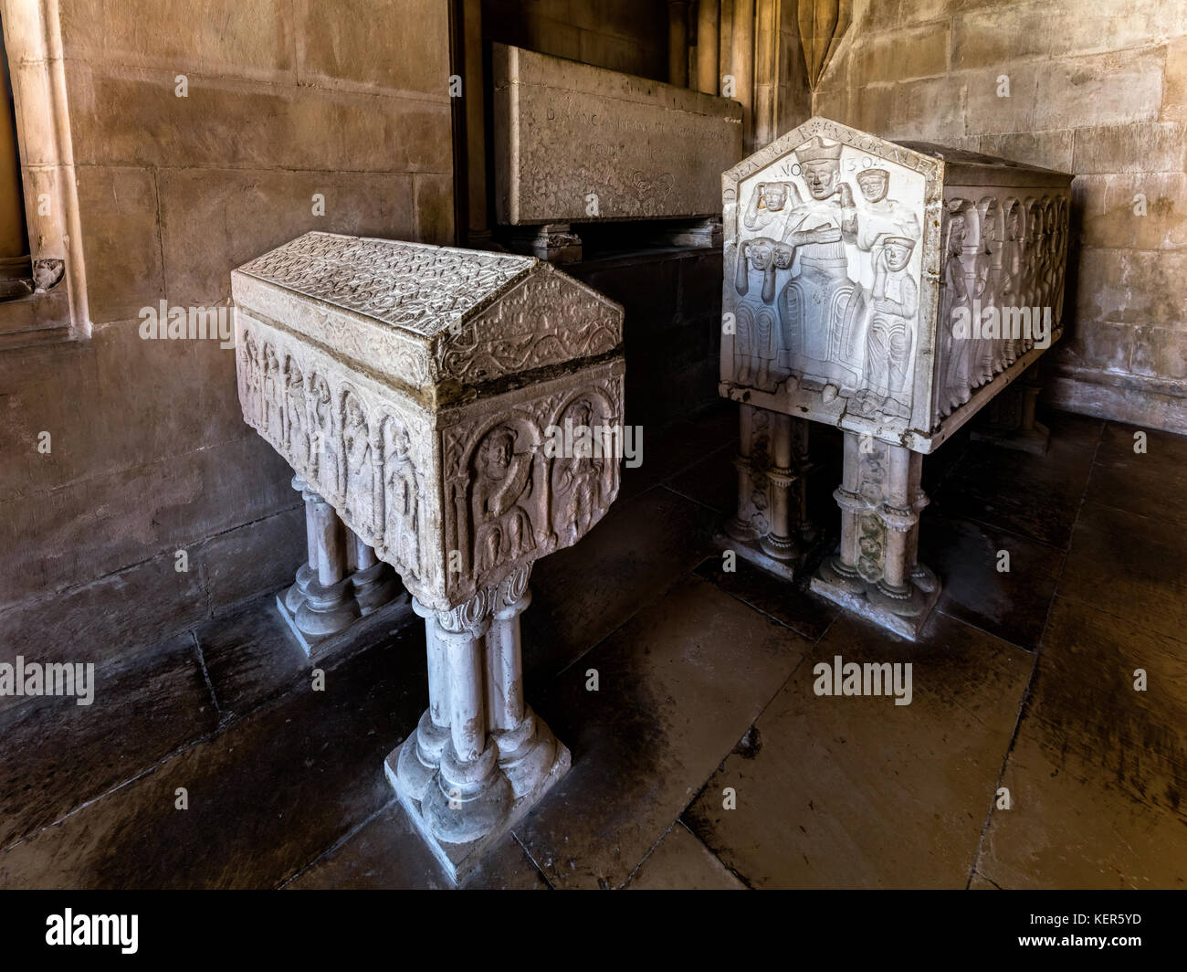 Medieval 13th century tombs, decorated with arabesques of mudejar-romanesque style in the Royal Pantheon of the - Stock Image