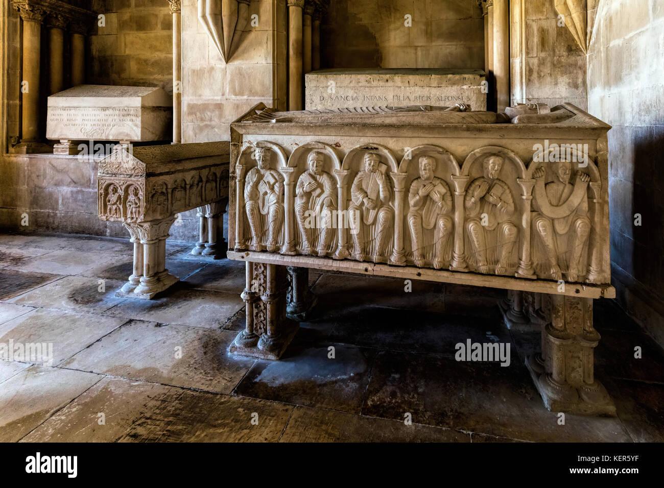 13th century Romanesque tomb of the Queen of Portugal, Urraca of Castile - Stock Image
