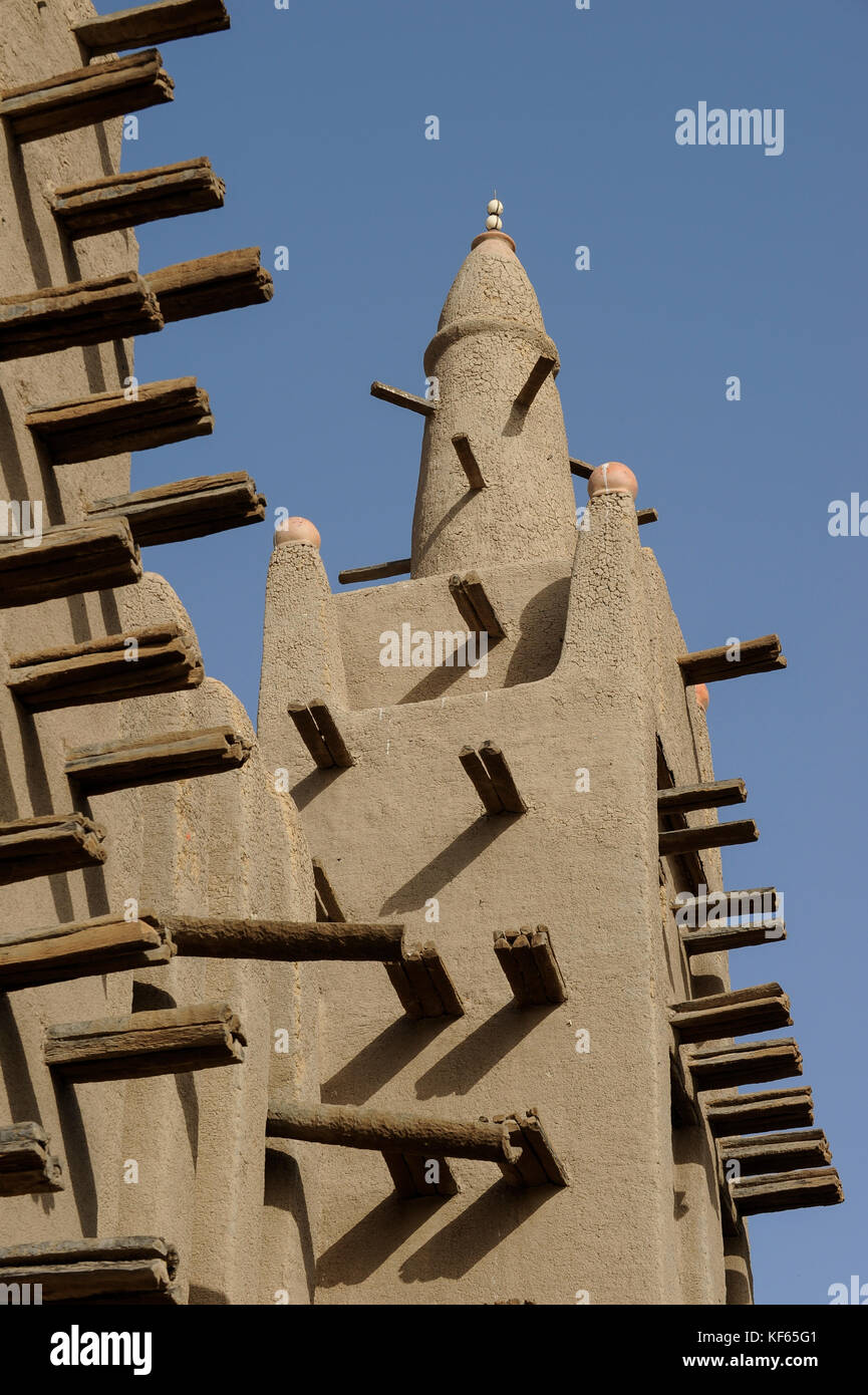 MALI Mopti , The Grand Mosque, an earthen structure built in the traditional Sudanese style between 1936 and 1943, - Stock Image