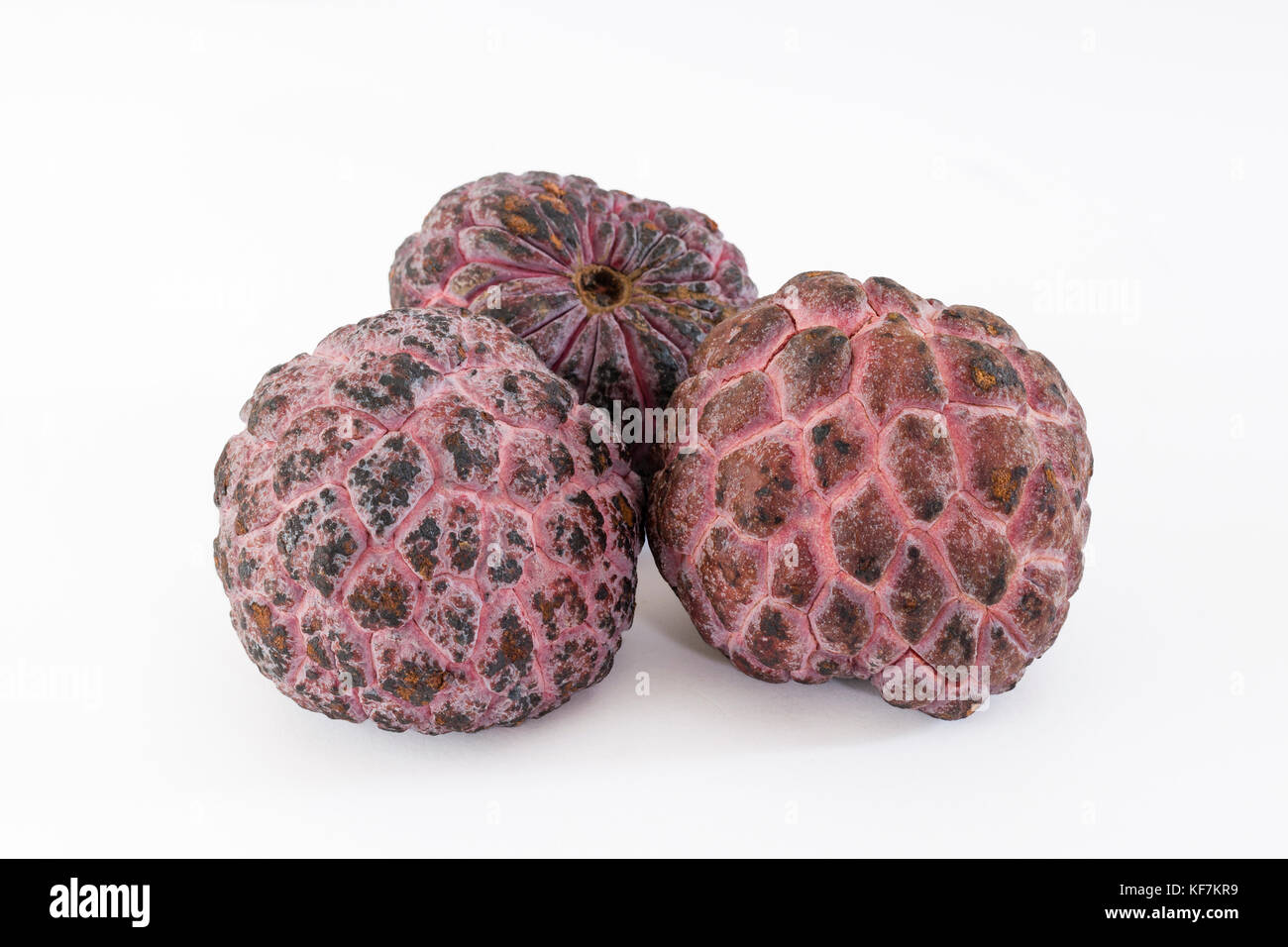 how to eat red custard apple