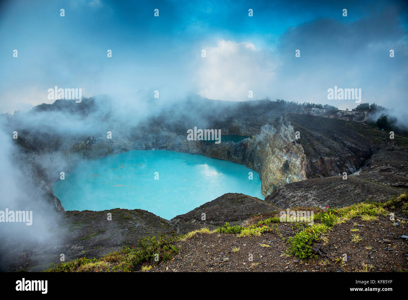 INDONESIA, Flores, the highest viewpoint in Kelimutu National Park and volcano, with views of Tiwu Nuwa Muri Koo - Stock Image