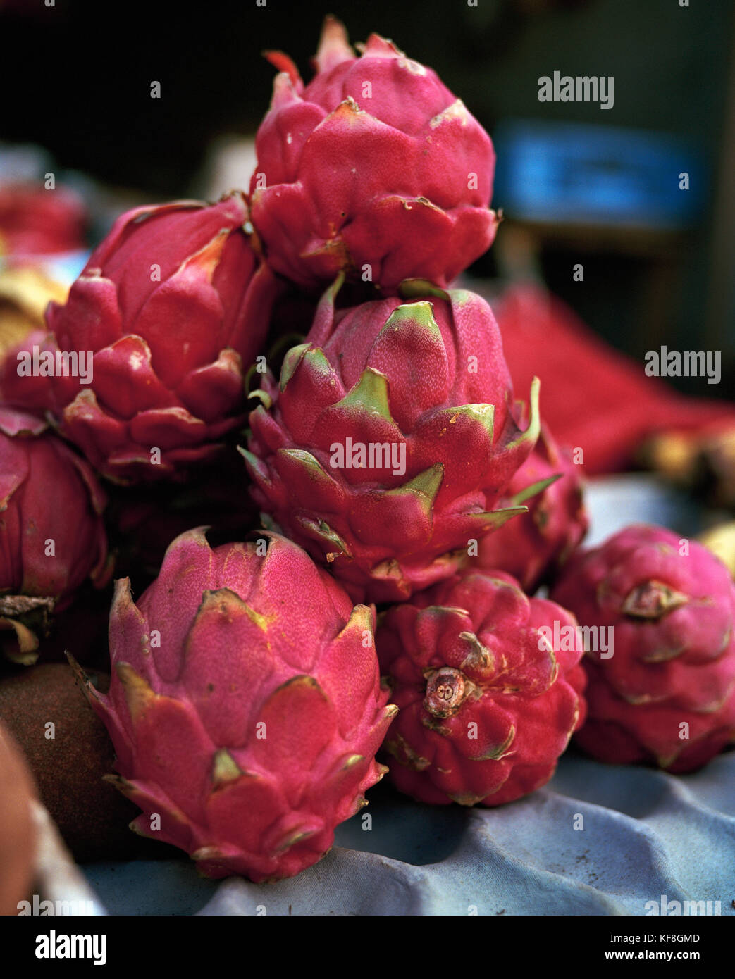 NICARAGUA, Sabaco, a fruit stand on the side of the road, Dragonfruit - Stock Image