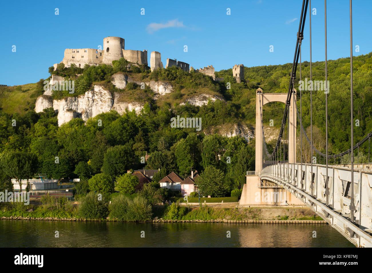 chteau-gaillard-a-ruined-medieval-castle