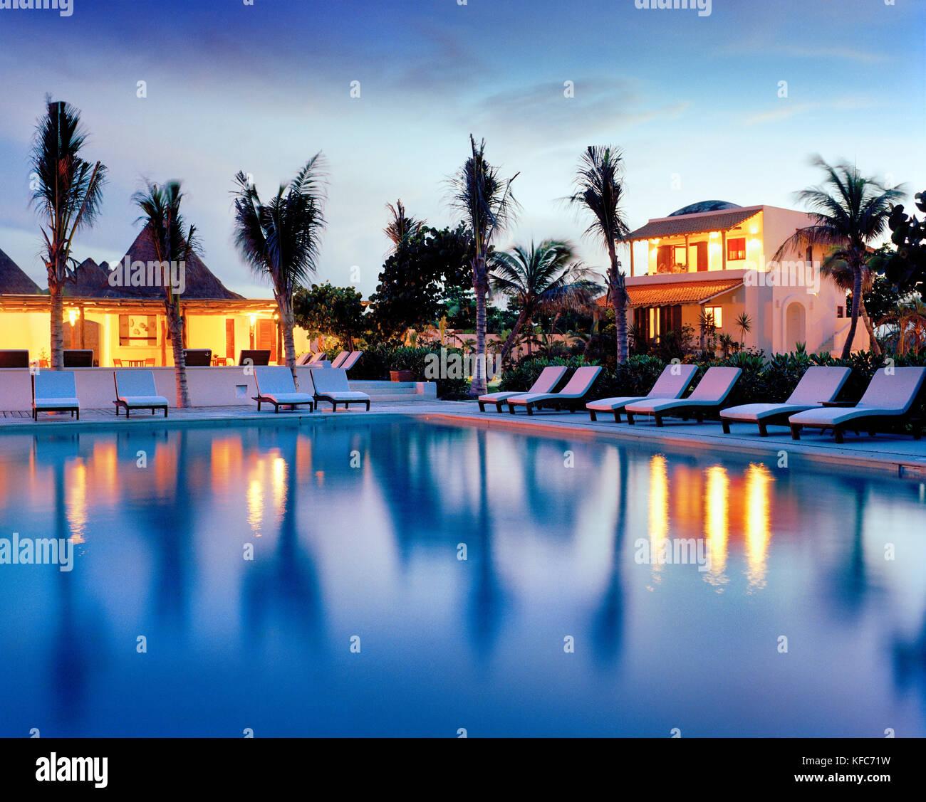 MEXICO, Maya Riviera, swimming pool at night, Esencia Hotel and Villas - Stock Image