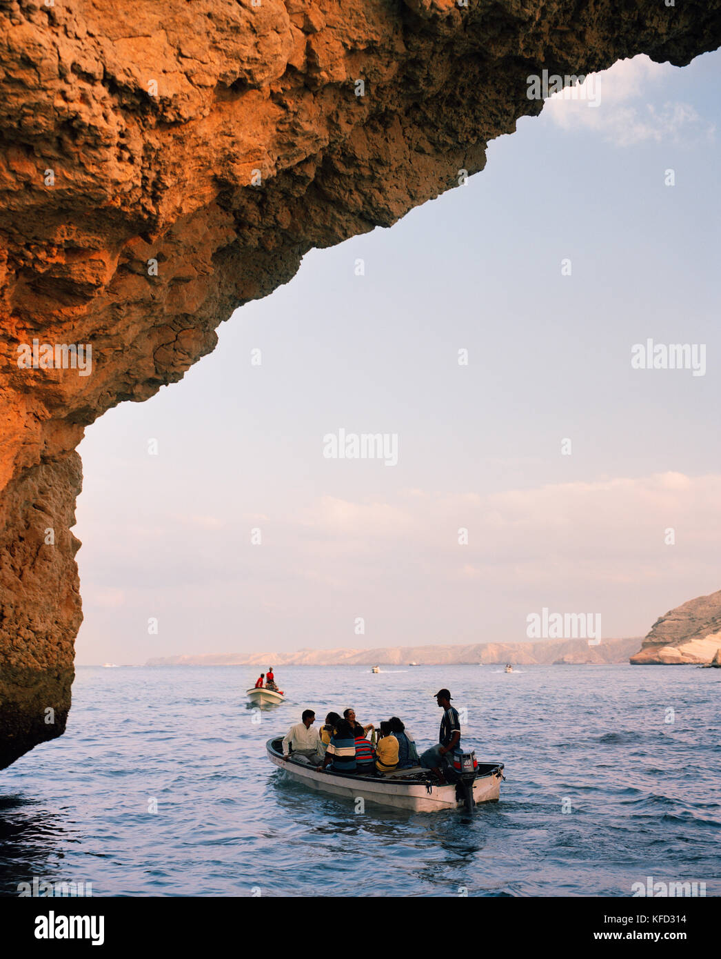 OMAN, Muscat, people traveling on boats in Gulf of Oman - Stock Image