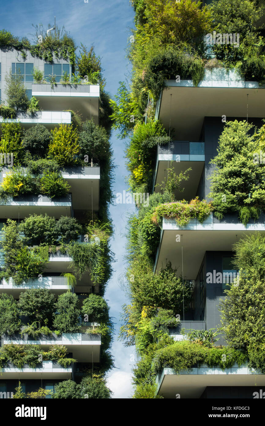 sustainable green building - Stock Image