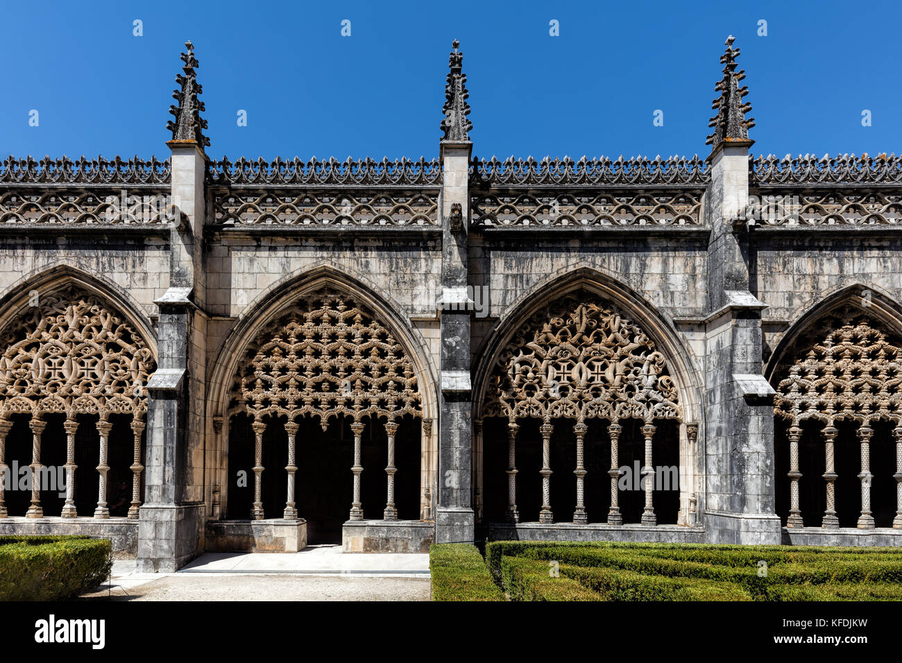 Cloisters of the Batalha Monastery, a prime example of Portuguese Gothic architecture, UNESCO World Heritage site - Stock Image
