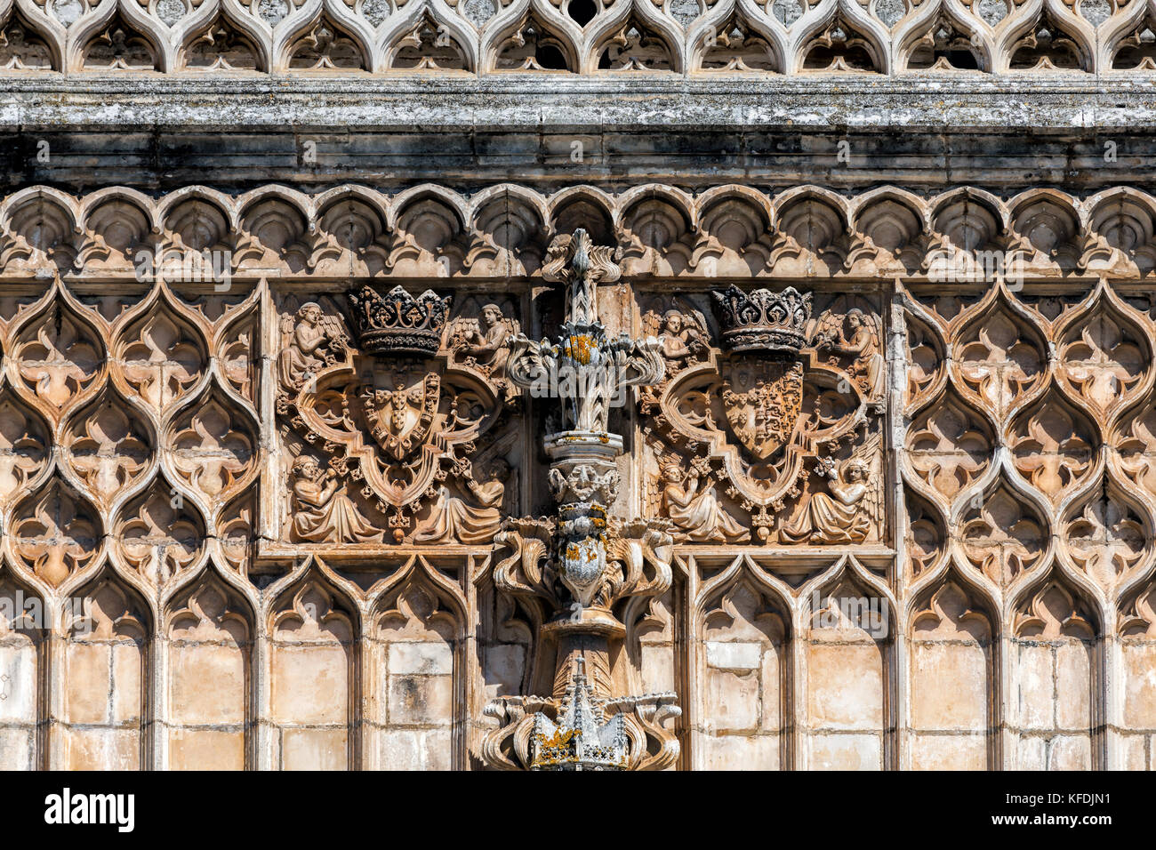Details of the facade of the 14th century Batalha Monastery in Batalha, Portugal, a prime example of Portuguese - Stock Image