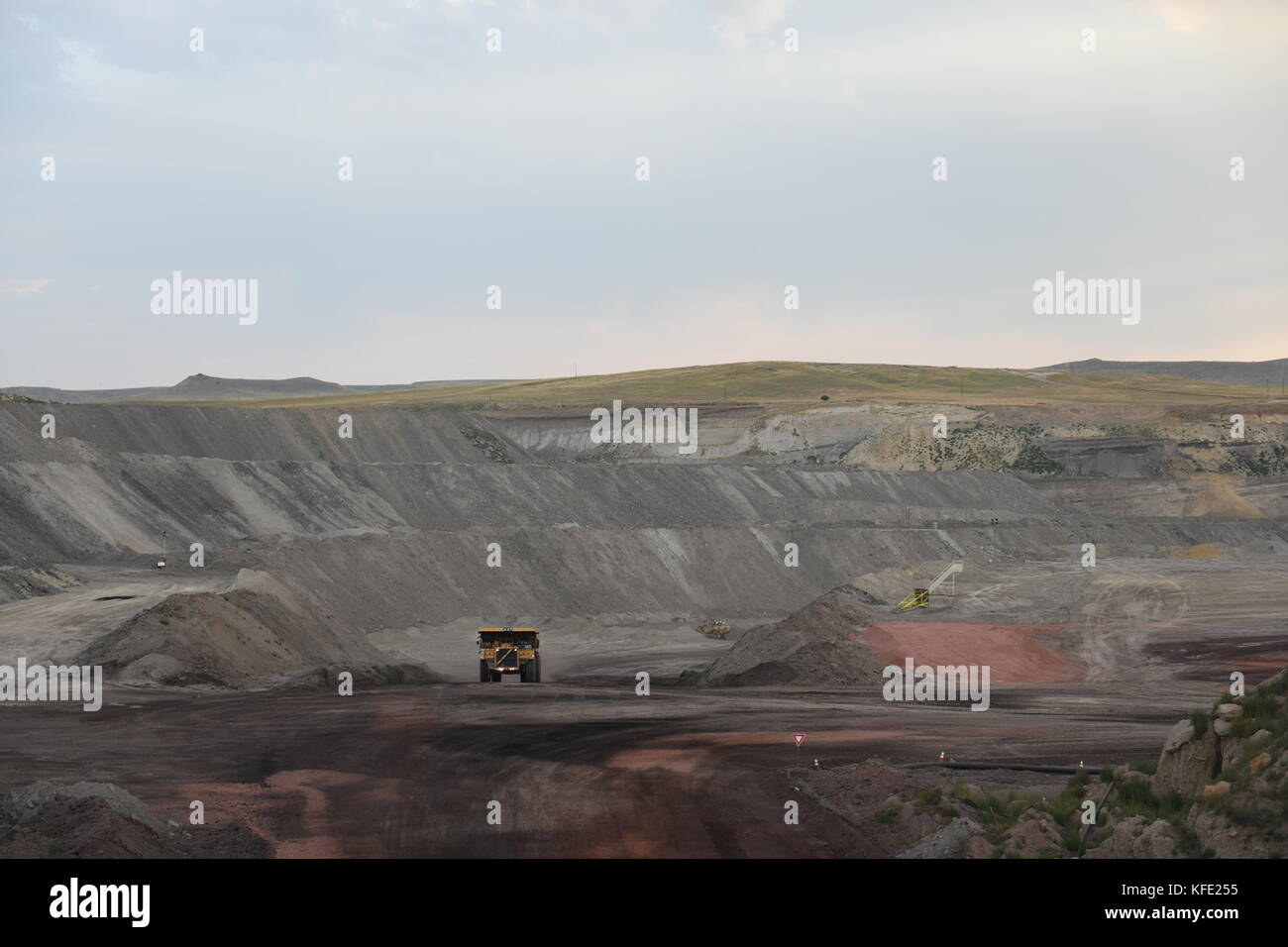 powder river singles & personals In the powder river basin coal field—the most prolific in the world—coal is mined from recent age-dating suggests that these beds are between 11 ma to 10.