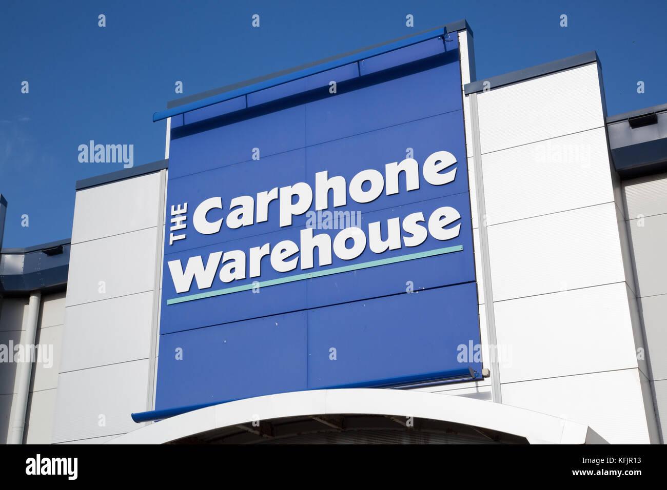 carphone warehouse Phone house komt voort uit carphone warehouse group plc, die in 1989 in londen werd opgericht met £ 6000 spaargeld door charles dunstone.