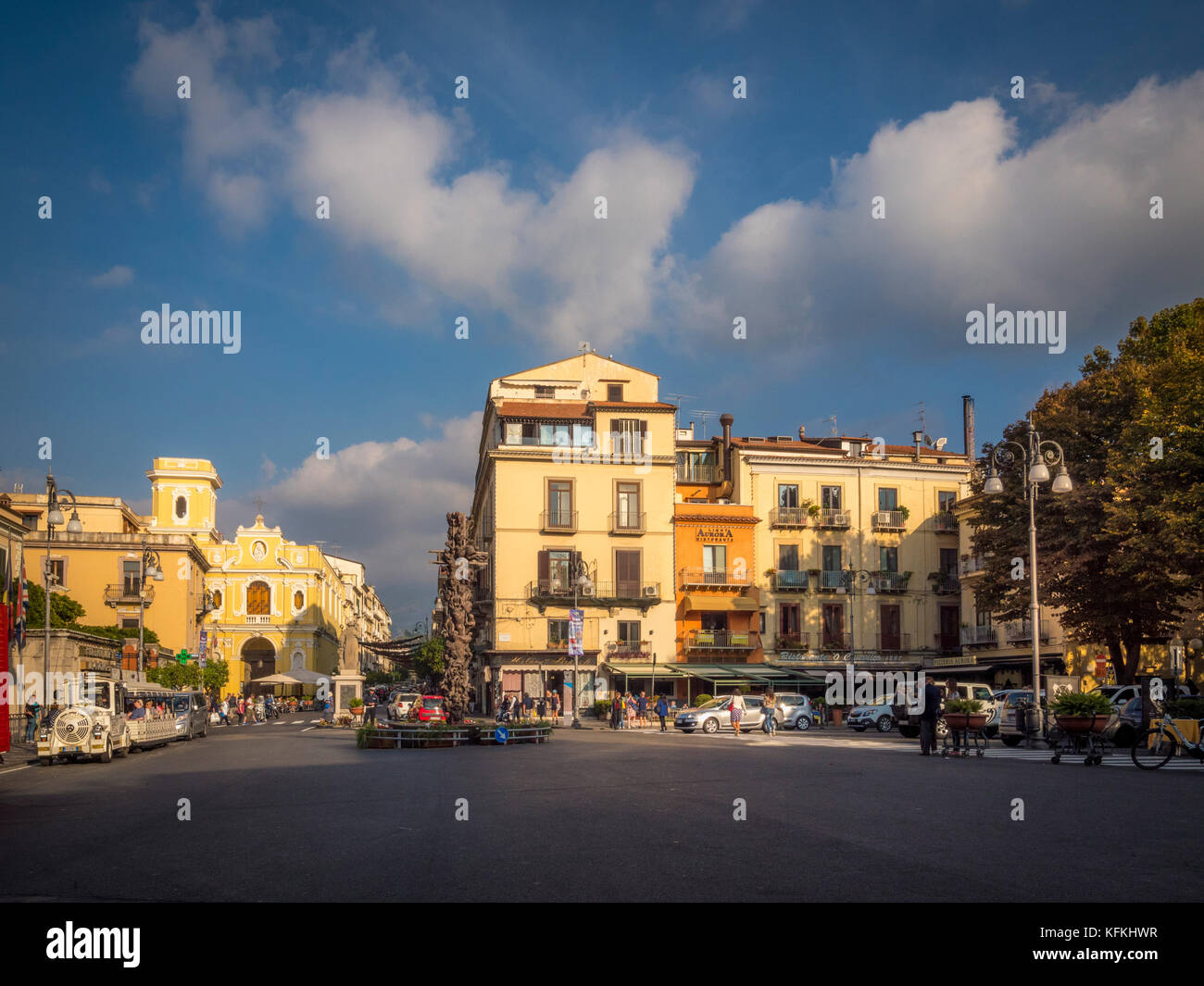 Pugliese stock photos pugliese stock images alamy for Puglia garden city ny