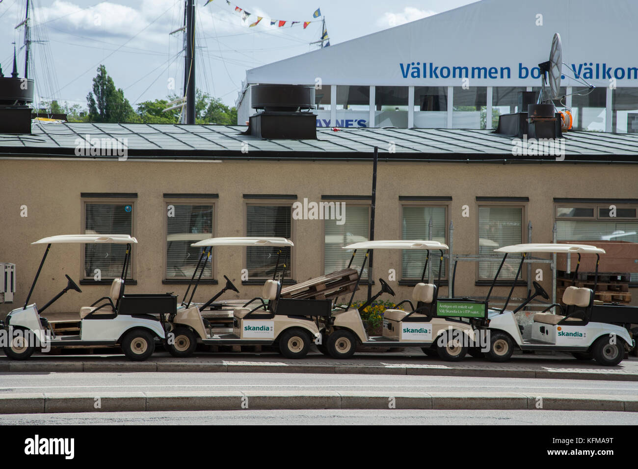 Golfbilar / Golf carts - Stock Image