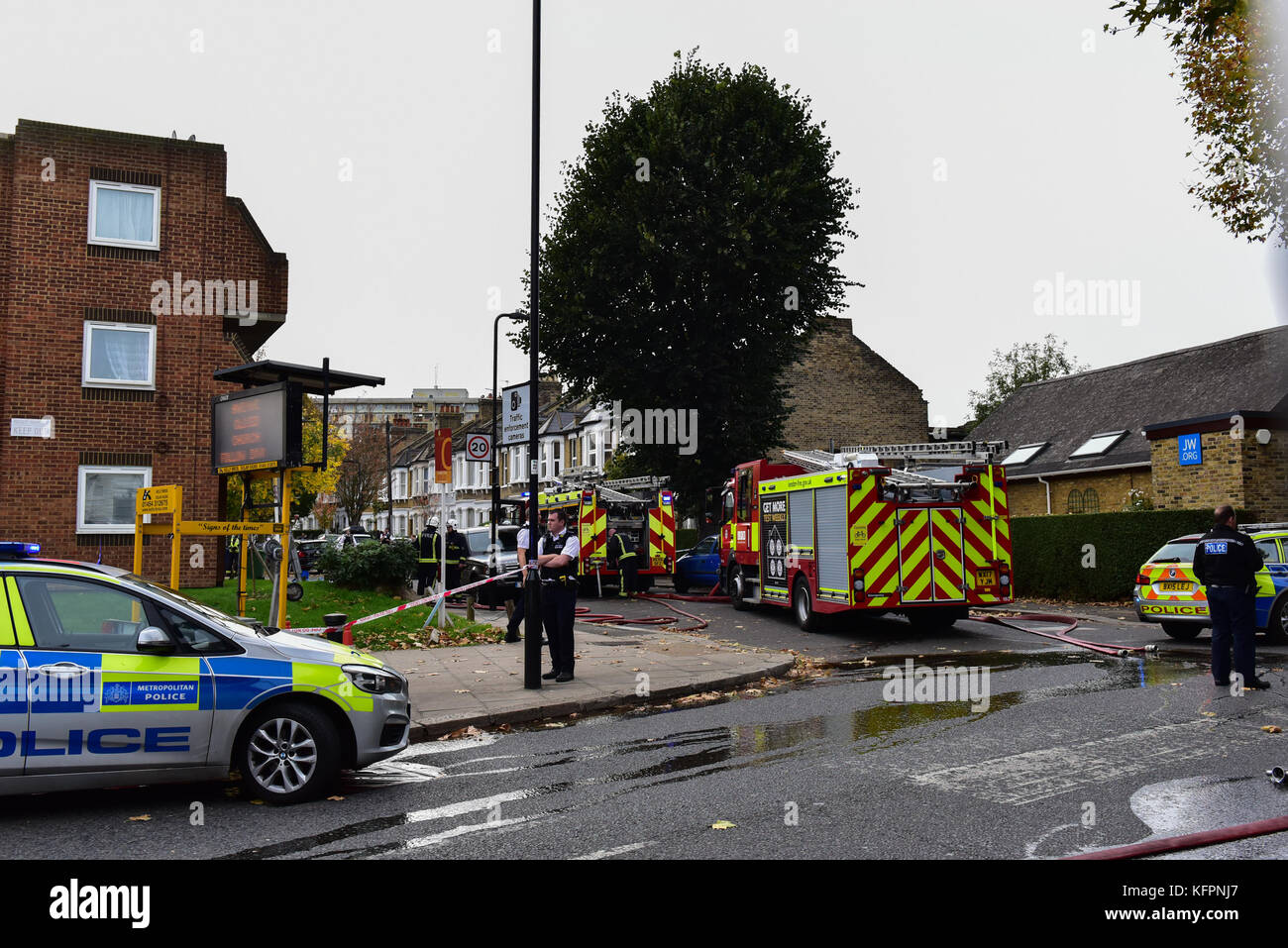 London, United Kingdom. 31st October 2017. A man has been rescued from a house fire in Leythe Road in Acton, London. - Stock Image