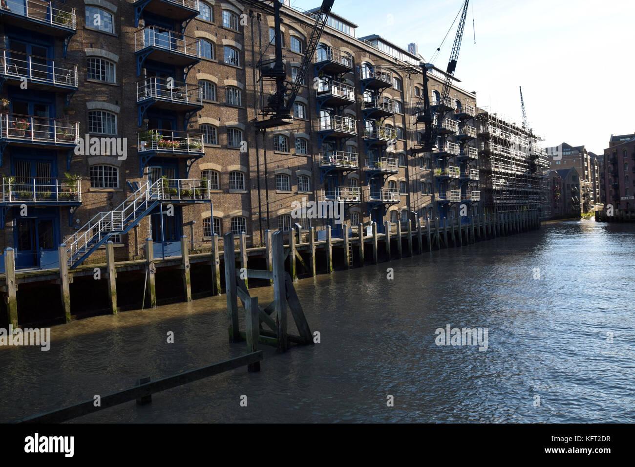 A Waterside Hotel Near Canary Wharf