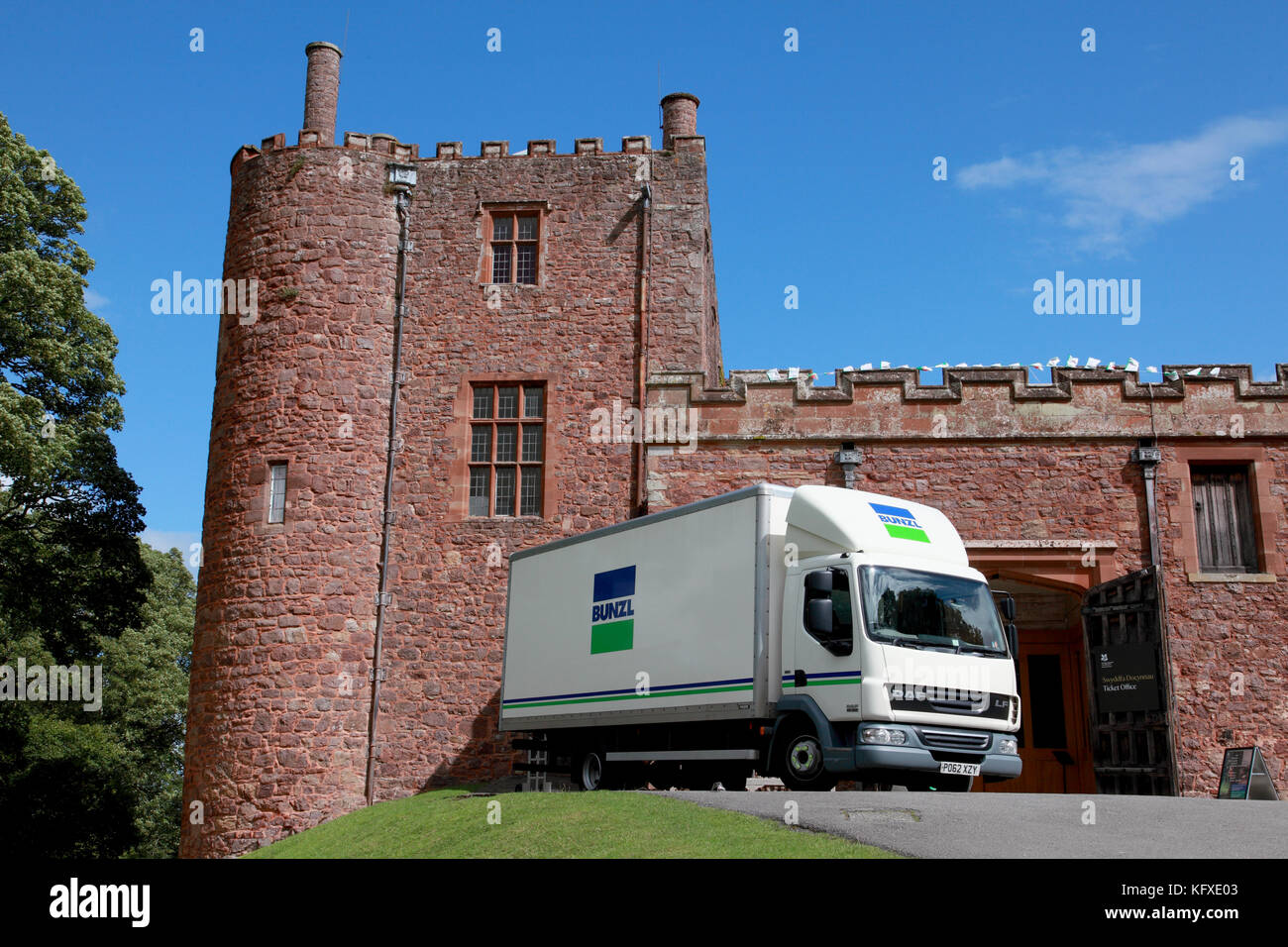 A Bunzl lorry delivering supplies to Powis Castle near Welshpool, Wales - Stock Image