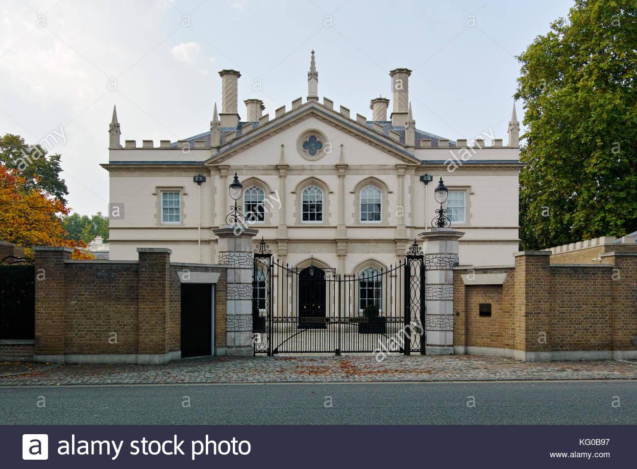 Gothick stock photos gothick stock images alamy Gothick villa regent s park