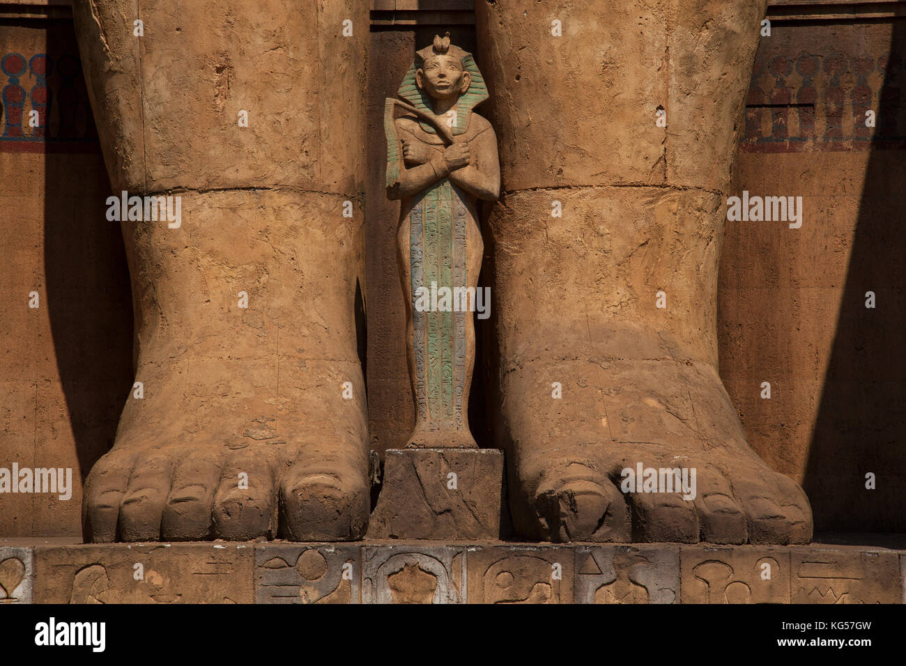 Egyptian film props at Cinnecittå film studios in Rome, Italy. - Stock Image