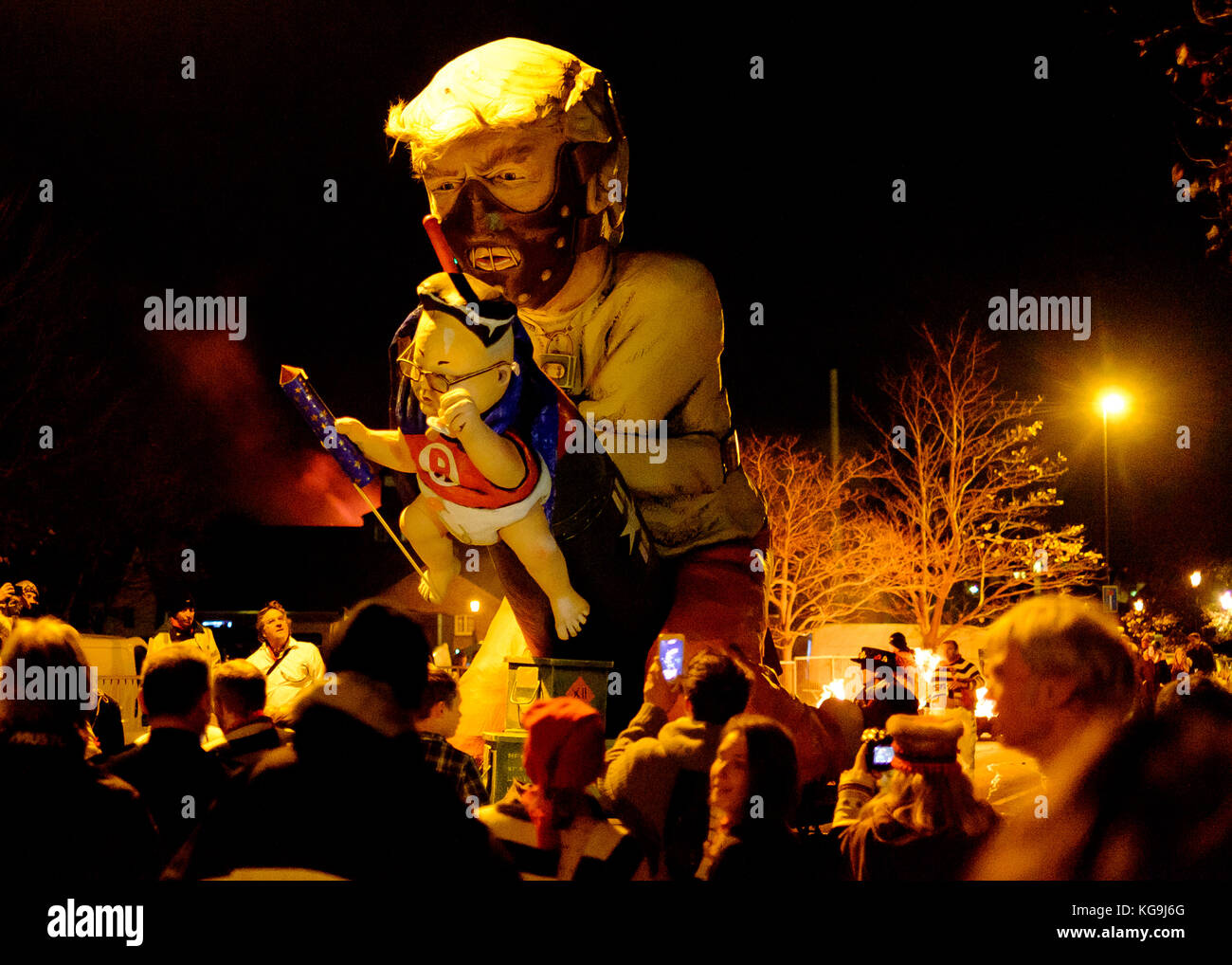 Lewes, UK. 4th Nov, 2017. Effigy of Donald Trump with 'Little Rocket Man' Kim Jong-un at Lewes Bonfire night - Stock Image