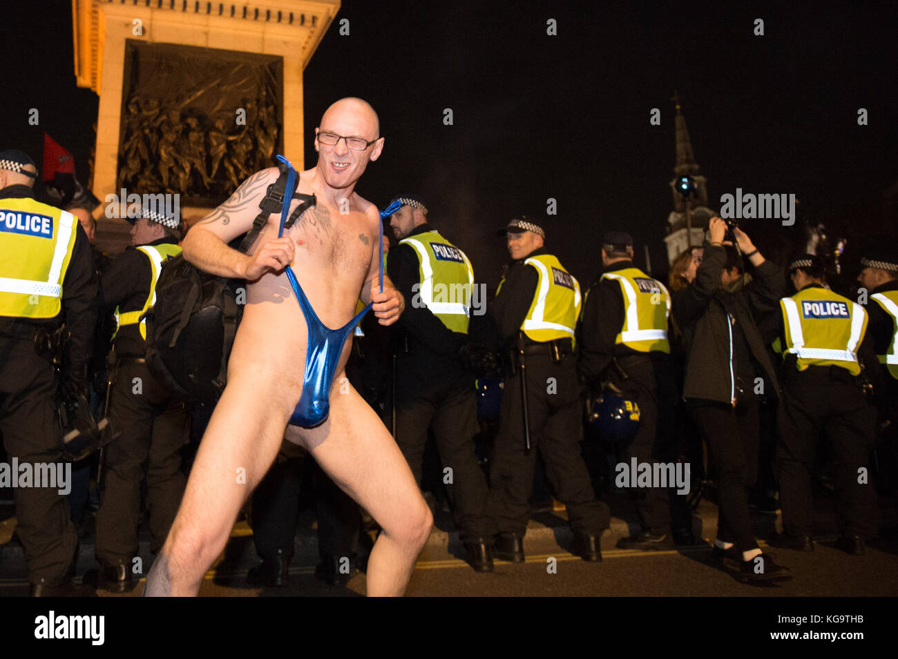 London, United Kingdom. 05th Nov, 2017. Million Mask March 2017 takes place in central London. A protester in a - Stock Image