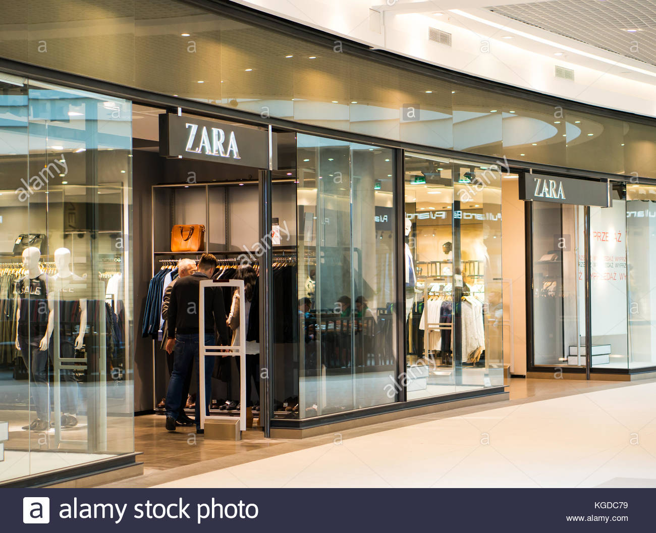 zara store entrance stock photos zara store entrance. Black Bedroom Furniture Sets. Home Design Ideas