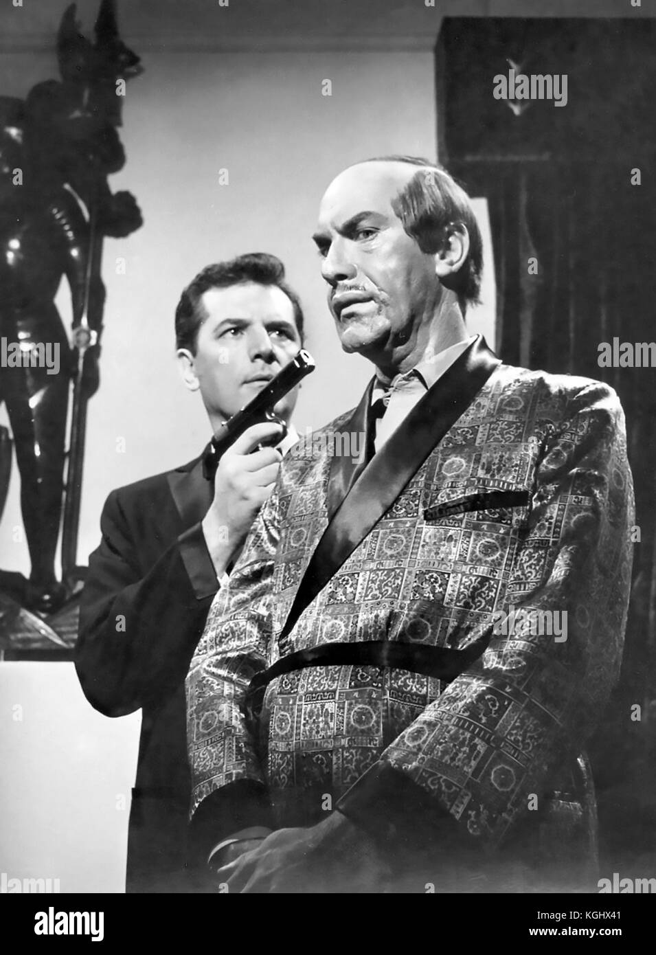 MISSION IMPOSSIBLE CBS TV series 1966-1973. Martin Landau at right and Steven Hill in the first episode screened - Stock Image