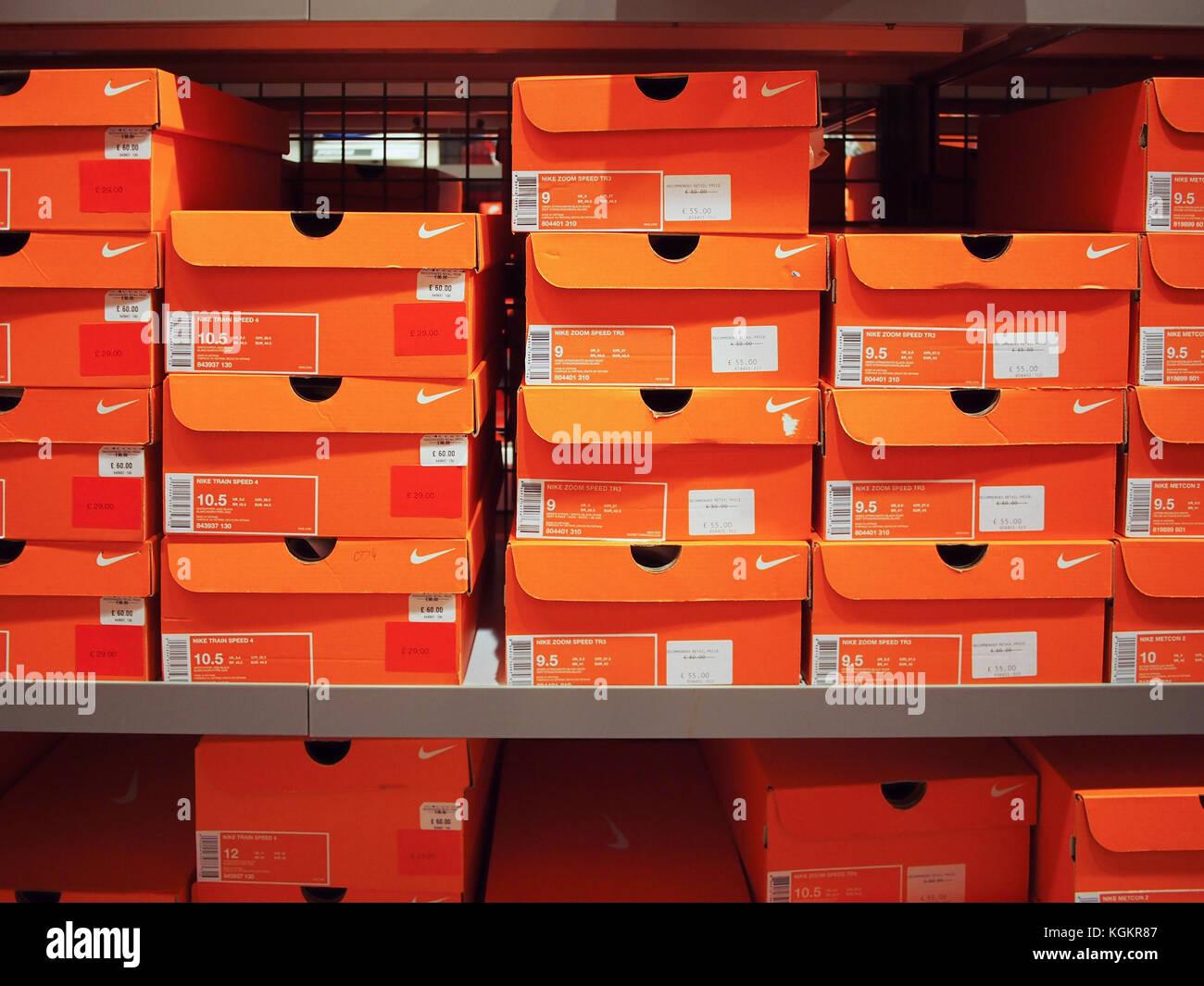 Shoe Box Market