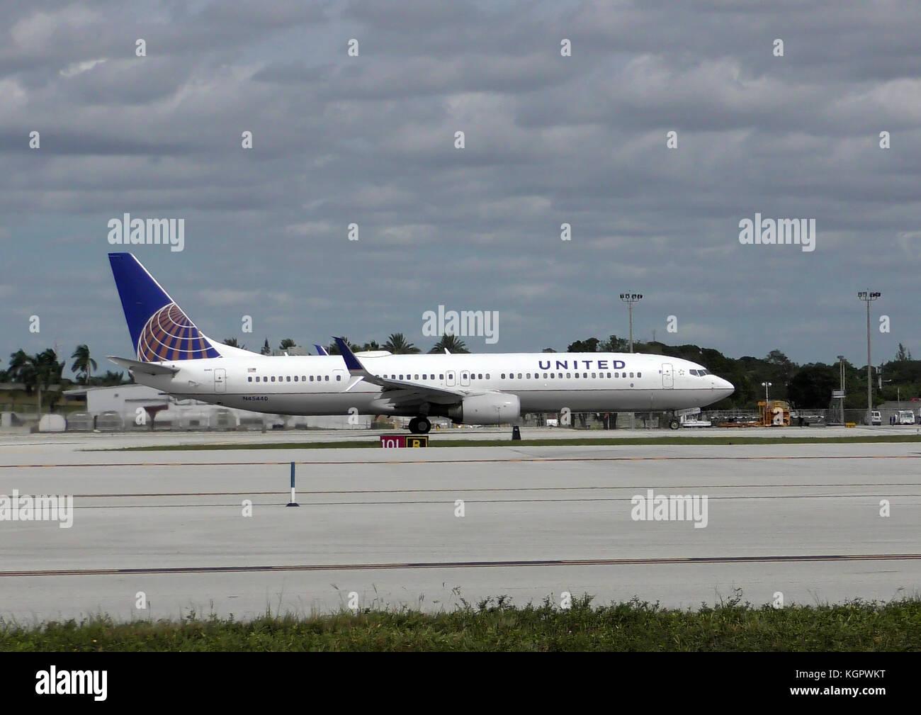 Houston Airport Stock Photos & Houston Airport Stock ...