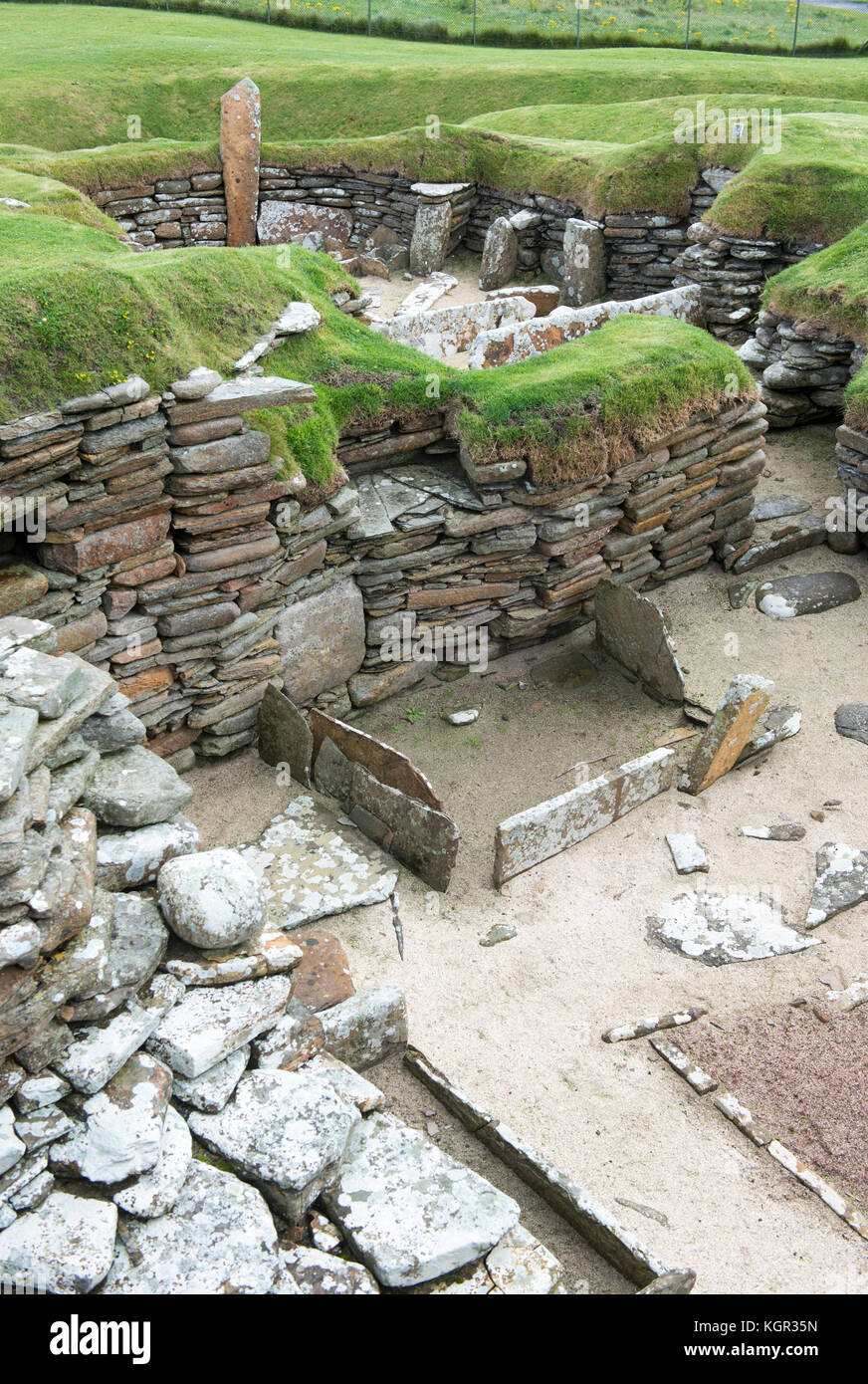 Skara Brae, a stone-built Neolithic village located on the Bay of Skaill on the west coast of the Orkney Islands - Stock Image