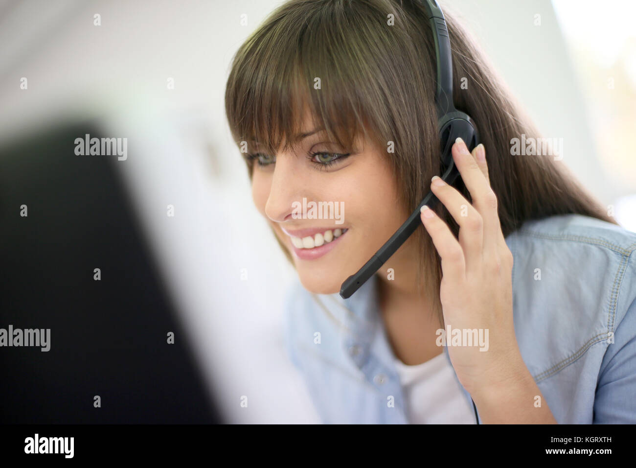 Sales Assistant Stock Photos & Sales Assistant Stock ...