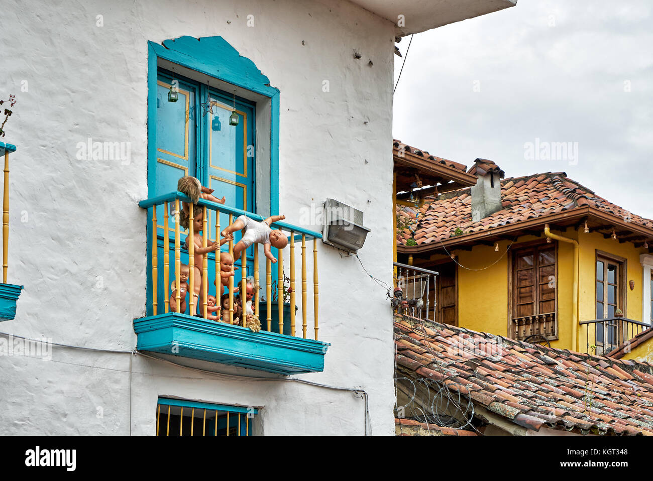 Typisches Gebaeude im Stadtteil La Candelaria, Bogota, Kolumbien, Suedamerika |typical building in La Candelaria, - Stock Image