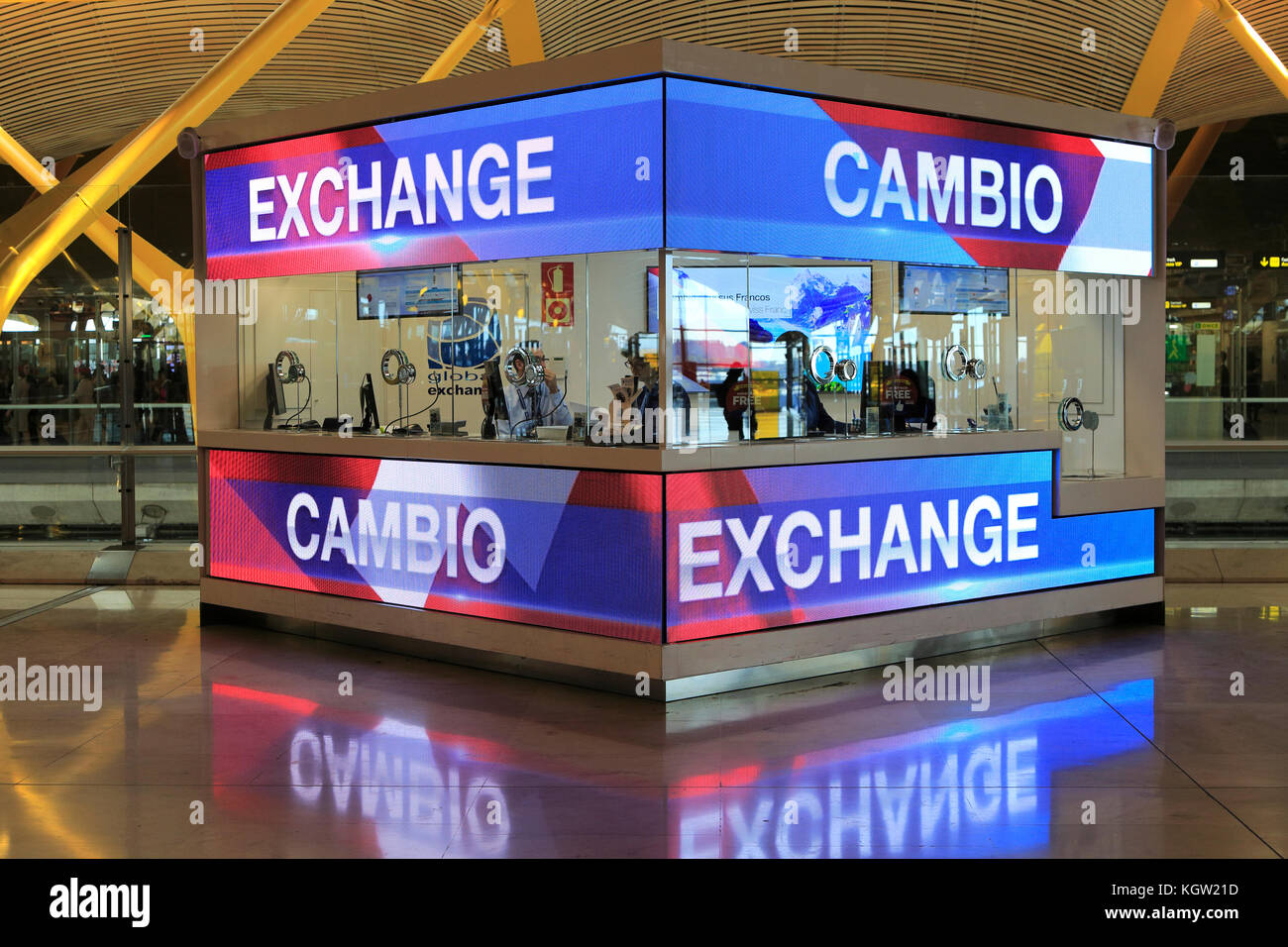 at currency exchange counter stock photos at currency exchange counter stock images alamy. Black Bedroom Furniture Sets. Home Design Ideas
