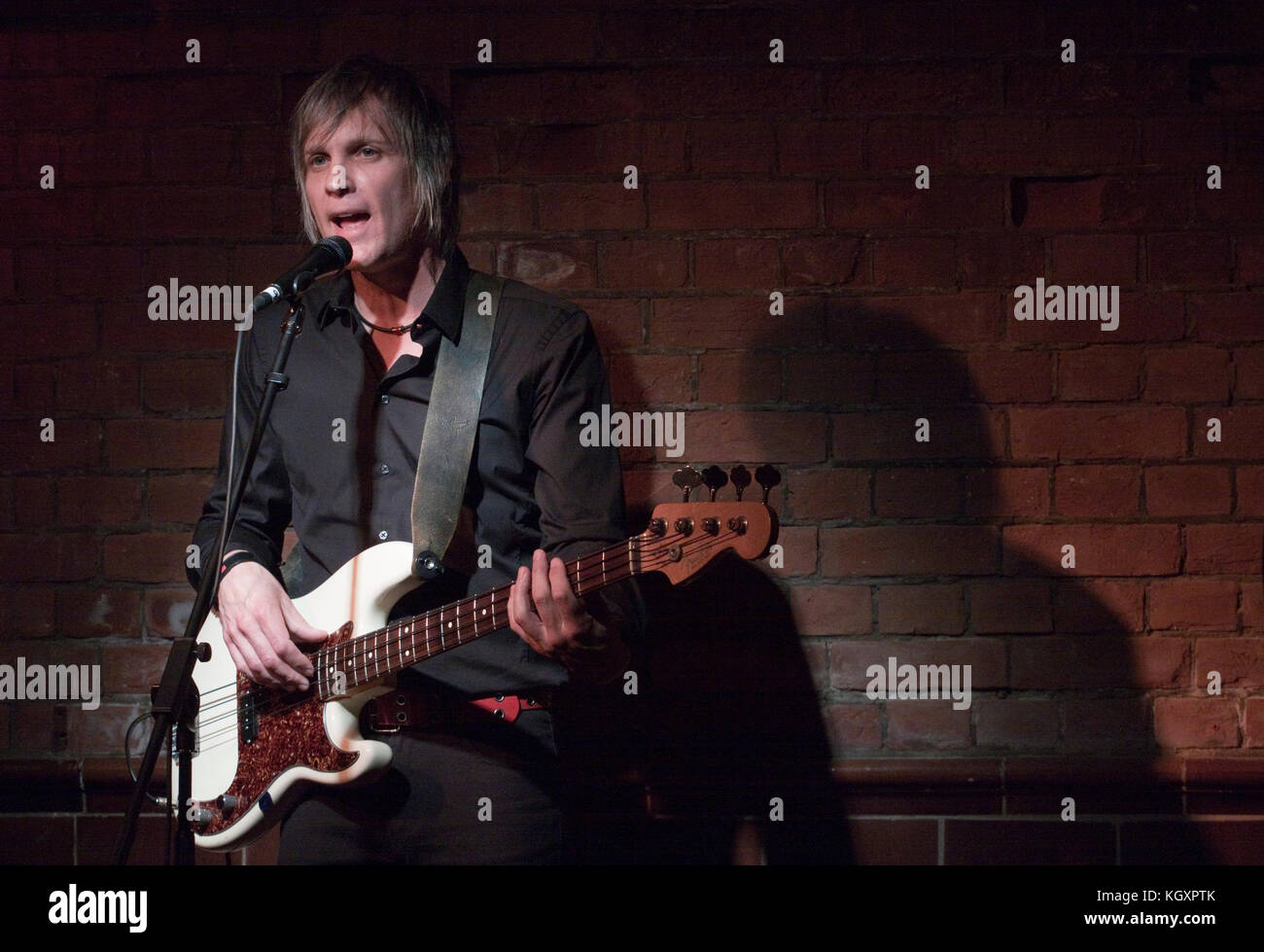 Bass player of Americana band Madison Violet - Stock Image