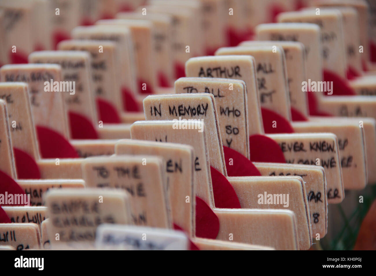 London, UK. 11th Nov, 2017. Thousands of crosses planted at the Fields of Remembrance at Westminster Abbey in London - Stock Image