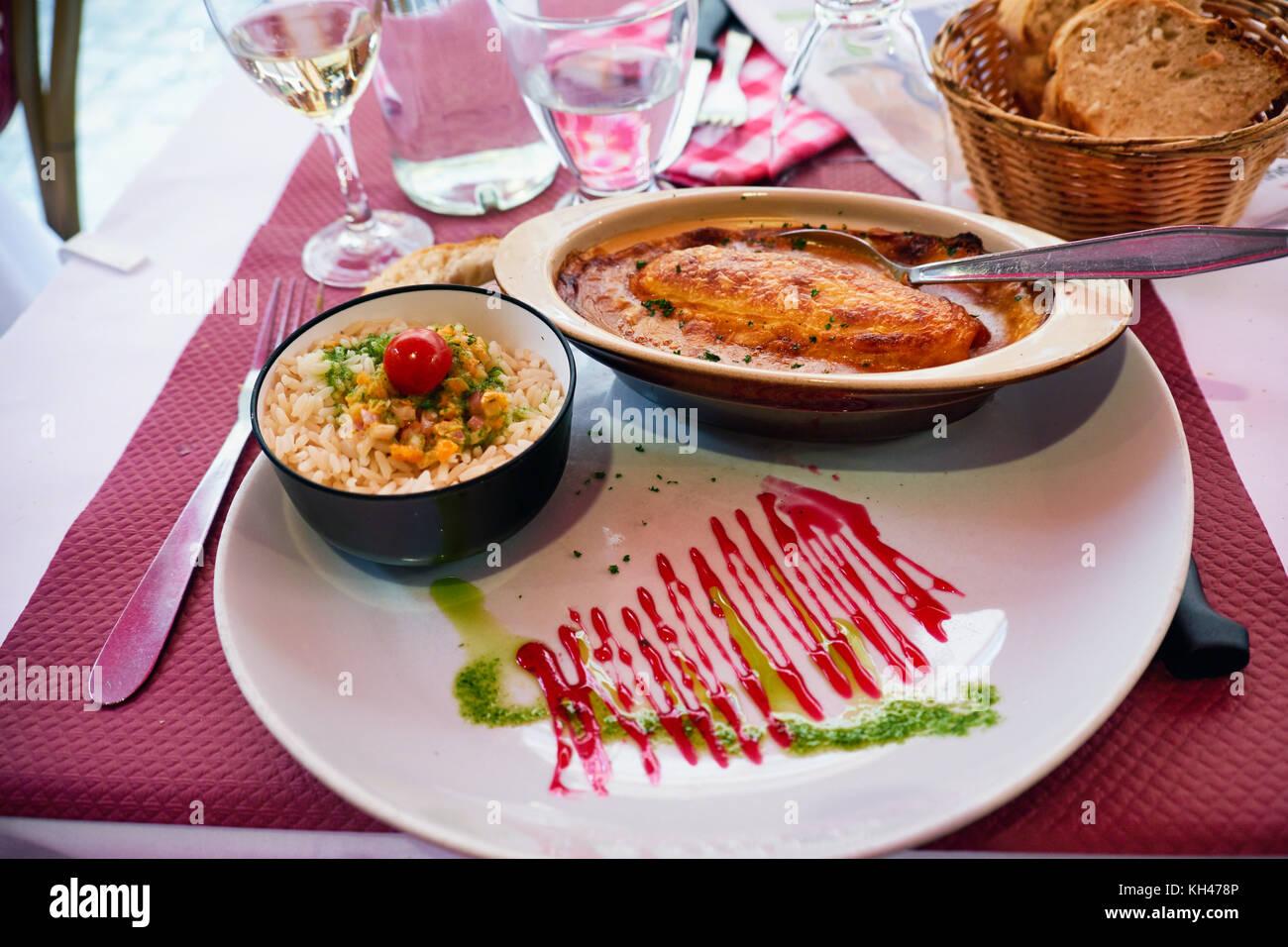 Restaurant Quenelles De Brochet Lyon