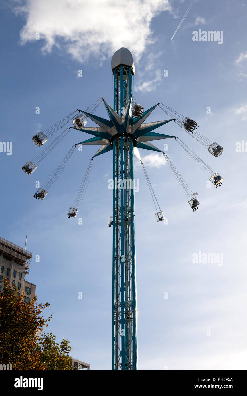 The Starflyer fairground ride on London's South Bank - Stock Image