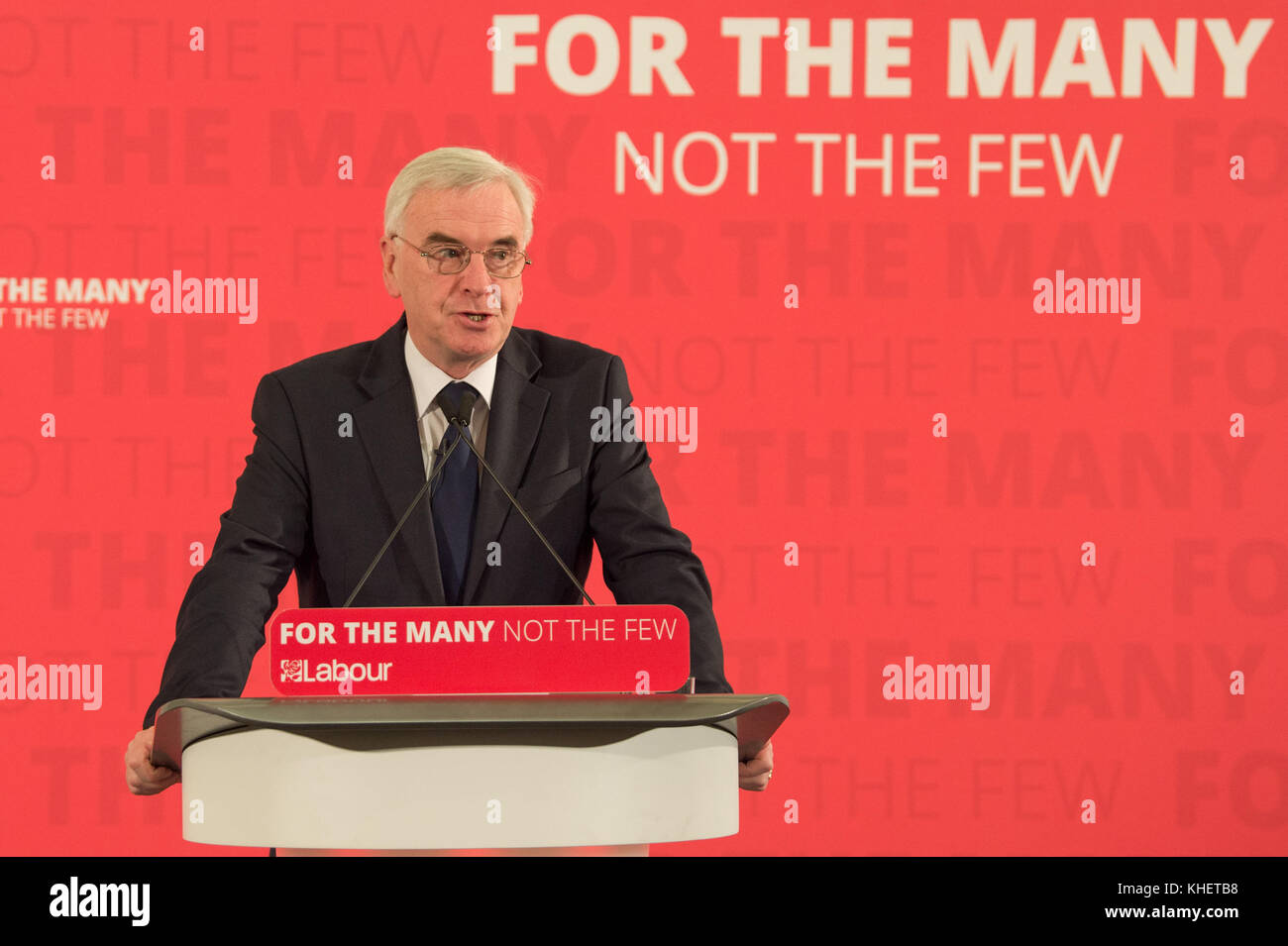London, United Kingdom. 16th November 2017. With less than a week to go until the Autumn Budget, Labour's Shadow - Stock Image